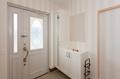 岡崎市注文住宅 A様邸 玄関ホール 白で統一された美しい空間
