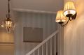 岡崎市注文住宅 A様邸 玄関ホール 照明器具にもこだわりが表れています。