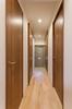 名古屋市リノベーション 実例A 玄関ホールから各部屋にアクセスできます。