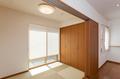 畳コーナーは半帖畳を使って洋風な和室となっています。