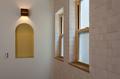 リビングの1面には調湿効果のあるエコカラットを採用し、ナチュラルな石面凹凸デザインで陰影のある壁面に仕上がります。