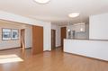 およそ16帖のLDKと隣接する洋室は扉で間仕切ることも可能です。