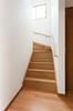 メートルモジュール仕様なので階段幅も広く、すれ違いも楽々です。