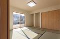 和室には、仏間・床の間スペースを確保。